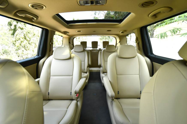 Kia Carnival Review - Interior Images